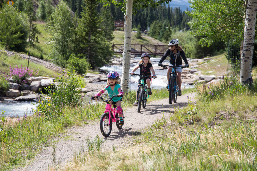 Wunderschöne Radwege in Colorado... (© Foto: Breckenridge Tourism Office, Liam Doram)