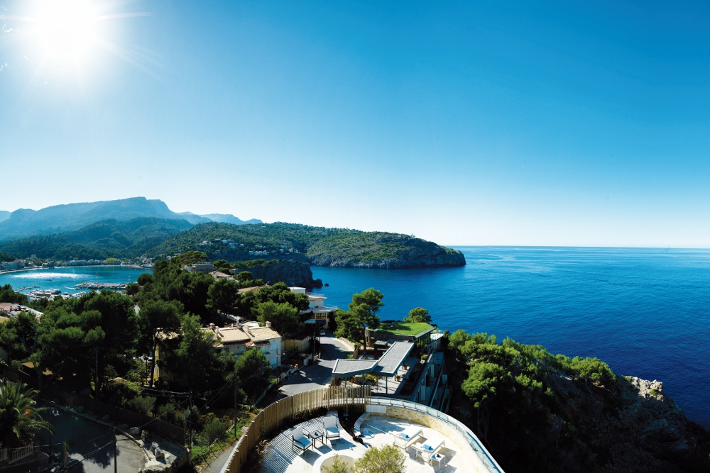 Jumeirah Port Sóller Hotel Spa - Beautiful location (Foto: Jumeirah Port Soller Hotel & Spa; Turespaña)